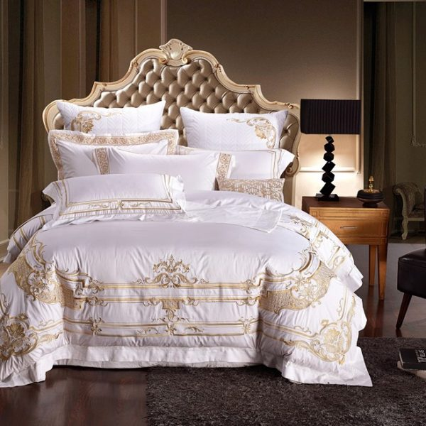 Egypt Cotton White Embroidery Palace Royal Luxury Bedding Set   Pcs King Queen Size