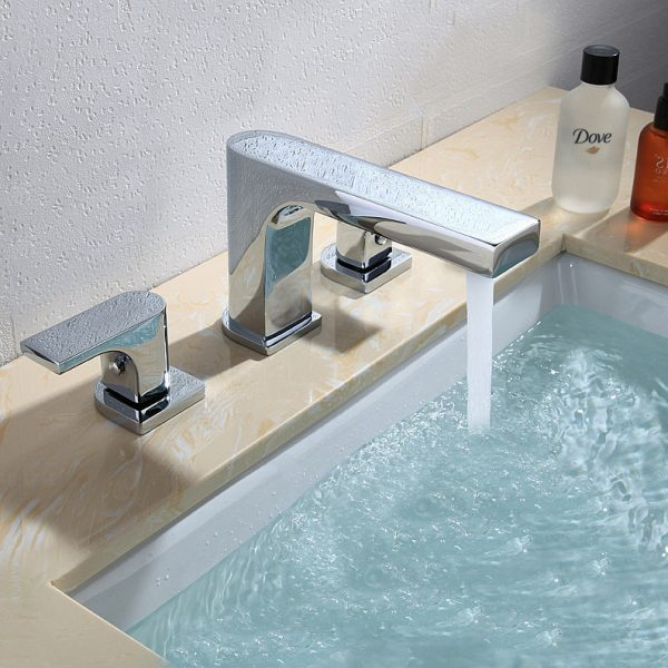 Free shipping Luxurious Chrome Finish Bathtub font b Faucet b font  holes Shower Bath Mixer